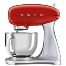 SMEG SMF02RDEU Планетарный миксер, Цвет красный; Мощность 0,8 кВт; Объем чаши 4,8л; Регулировка скорости, 2 насадки для взбивания, 1 насадка для теста, крышка для чаши